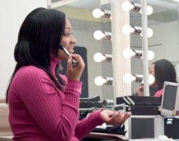 hypoallergenic makeup brands in Sweden